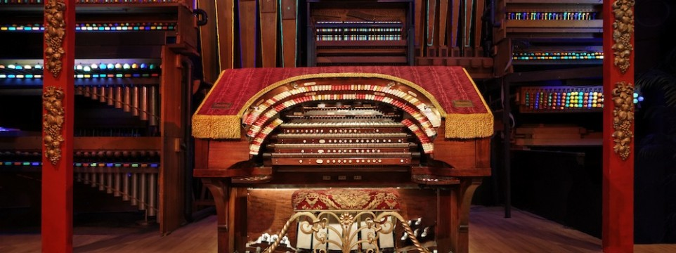 Old Town Music Hall Wurlitzer Organ
